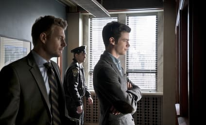The Flash Photo Gallery: The Shapeshifter and the Fanboy!