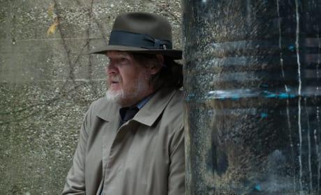 Hanging Around - Gotham Season 3 Episode 12