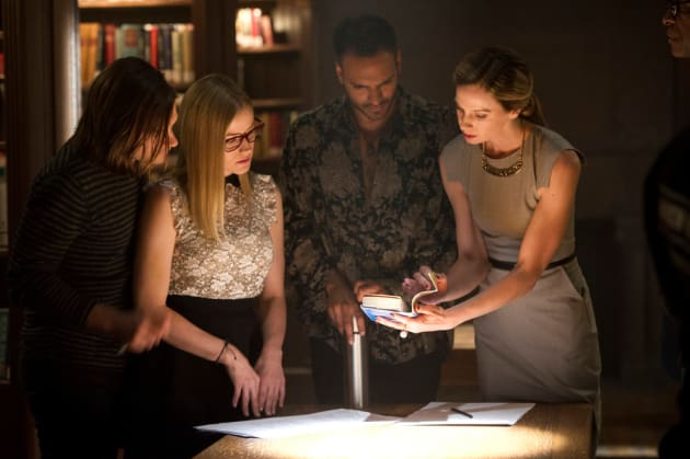 Call in the Expert - The Magicians Season 2 Episode 2