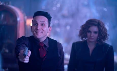 Penguin and Selina - Gotham Season 5 Episode 6