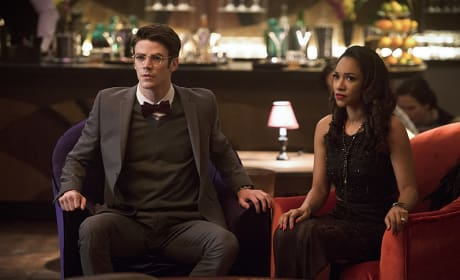 Scared or Surprised? - The Flash Season 2 Episode 13
