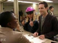 It's Always Sunny in Philadelphia Season 2 Episode 3