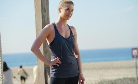Amazing Emily - Revenge Season 4 Episode 15