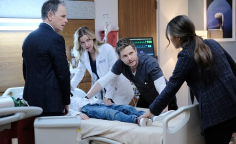 Concerned Mom - The Resident Season 2 Episode 15