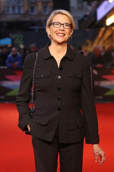 Anette Benning Attends Movie Premiere