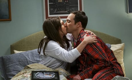 It's a Picture of His Brain! - The Big Bang Theory Season 10 Episode 11