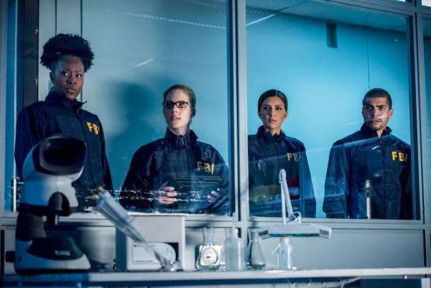 Faux FBI - Arrow Season 7 Episode 3