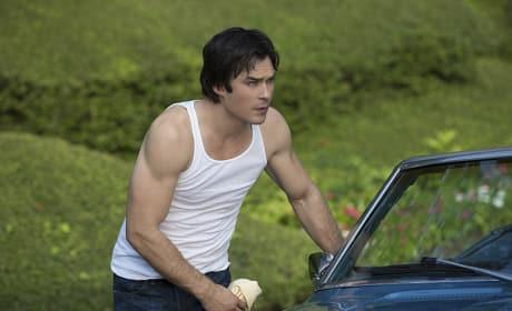 Damon in a Tanktop! - The Vampire Diaries Season 6 Episode 4