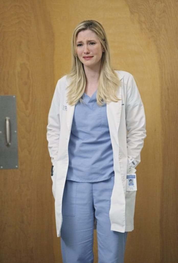 Lexie May Have PTSD on Grey\'s Anatomy - TV Fanatic