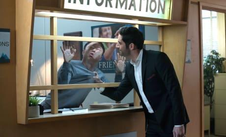 Checking In - Lucifer Season 2 Episode 16