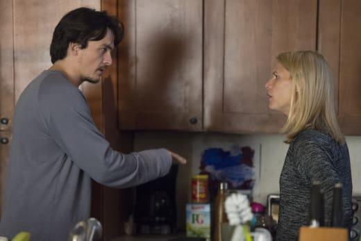 Quinn Warns Carrie - Homeland