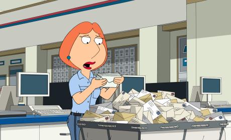 Surprised Lois - Family Guy Season 14 Episode 17