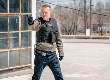 Watch Chicago PD Season 5 Episode 22 Online