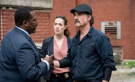 We Have a Few Questions - Chicago P.D.  - Chicago PD Season 5 Episode 1