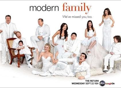 Watch Modern Family Season 2 Episode 1 Online