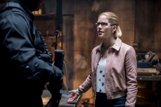 Opposite Sides - Arrow Season 7 Episode 2