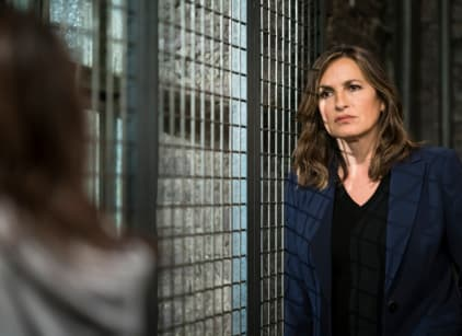 Watch Law & Order: SVU Season 19 Episode 7 Online