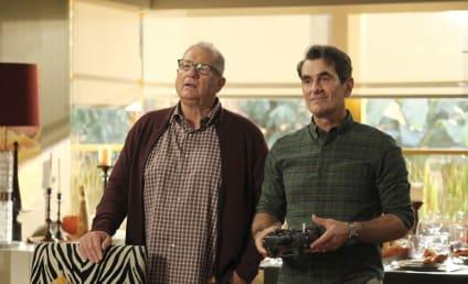 Watch Modern Family Online: Season 11 Episode 7