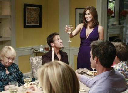 Watch Desperate Housewives Season 7 Episode 23 Online