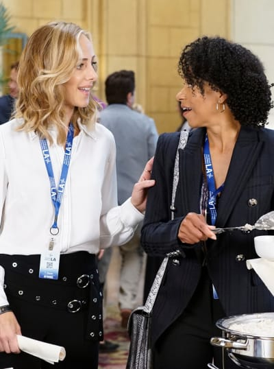 Cardio Queens - Tall  - Grey's Anatomy Season 16 Episode 19