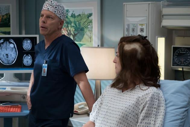 Life in Your Hands - Grey's Anatomy Season 14 Episode 4