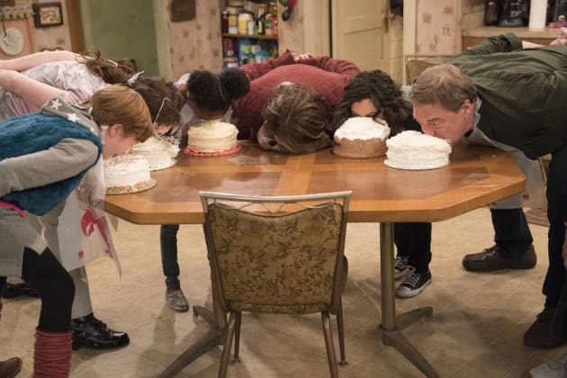 Let Them Eat Cake - Roseanne Season 10 Episode 5