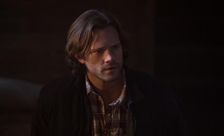 Sam wonders where his brother is - Supernatural Season 12 Episode 4