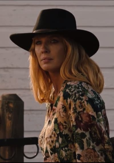 Beth in the Corral - Yellowstone Season 2 Episode 3