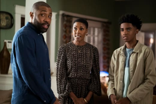 Issa Williams - Black Lightning Season 2 Episode 2