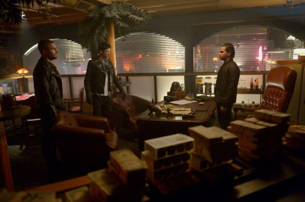 Cisco the Villain? - Supergirl Season 4 Episode 9