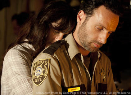 Watch The Walking Dead Season 2 Episode 4 Online