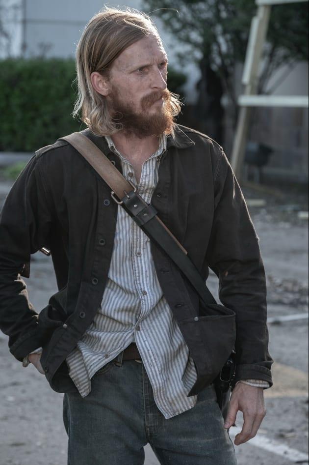 Dwight Leaves Everyone Behind - Fear the Walking Dead Season 5 Episode 10