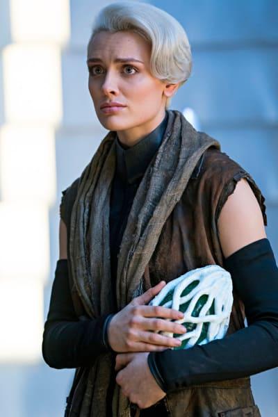 Nyssa and Cor-Vex - Krypton Season 1 Episode 10