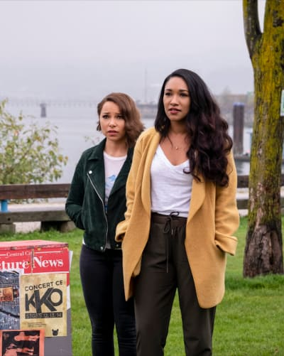 A Mother-Daughter Mission - The Flash Season 5 Episode 6
