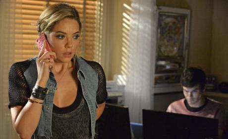 Hanna Makes a Call - Pretty Little Liars Season 5 Episode 16