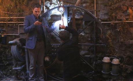 The Mystery Machine - Agents of S.H.I.E.L.D. Season 3 Episode 2