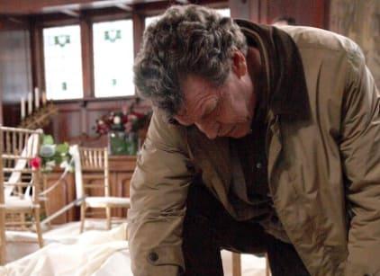 Watch Fringe Season 2 Episode 13 Online