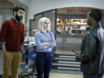 Helping Clive - iZombie