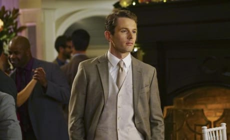 Lyman Looks Good - Revenge Season 4 Episode 14