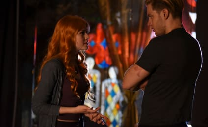 Shadowhunters Photo Preview: It's Warlock Time