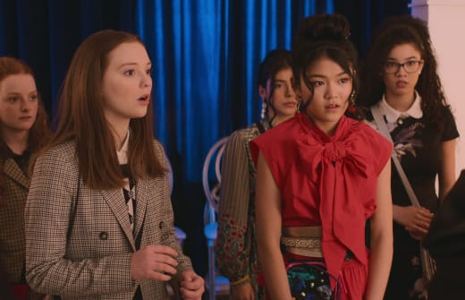 Worried BSC - The Baby-Sitters Club Season 2 Episode 3