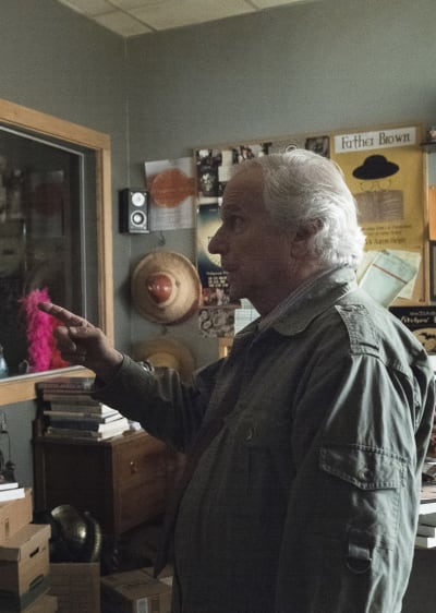 Gene Gives Barry the Finger Season 2 Episode 2