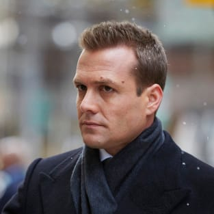 Harvey Looks Chill - Suits Season 4 Episode 16