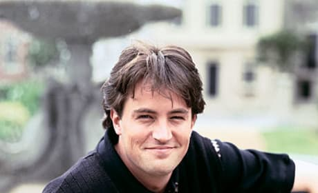 Matthew Perry Promo Pic - Friends