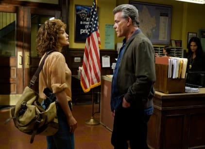 Watch Shades of Blue Season 1 Episode 2 Online