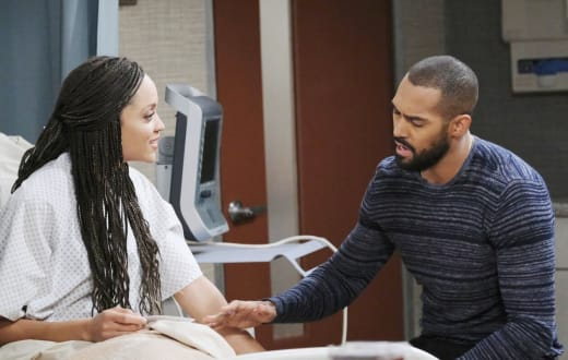 Surprising Pregnancy News - Days of Our Lives