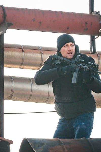 Sniper  - Chicago PD Season 8 Episode 7