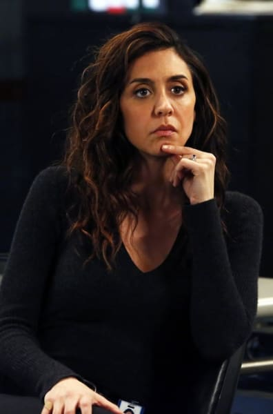 Samar Quits - The Blacklist Season 6 Episode 12