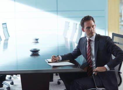 Watch Suits Season 4 Episode 12 Online