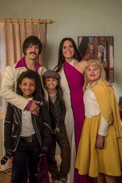 The Pearsons  - This Is Us Season 2 Episode 6